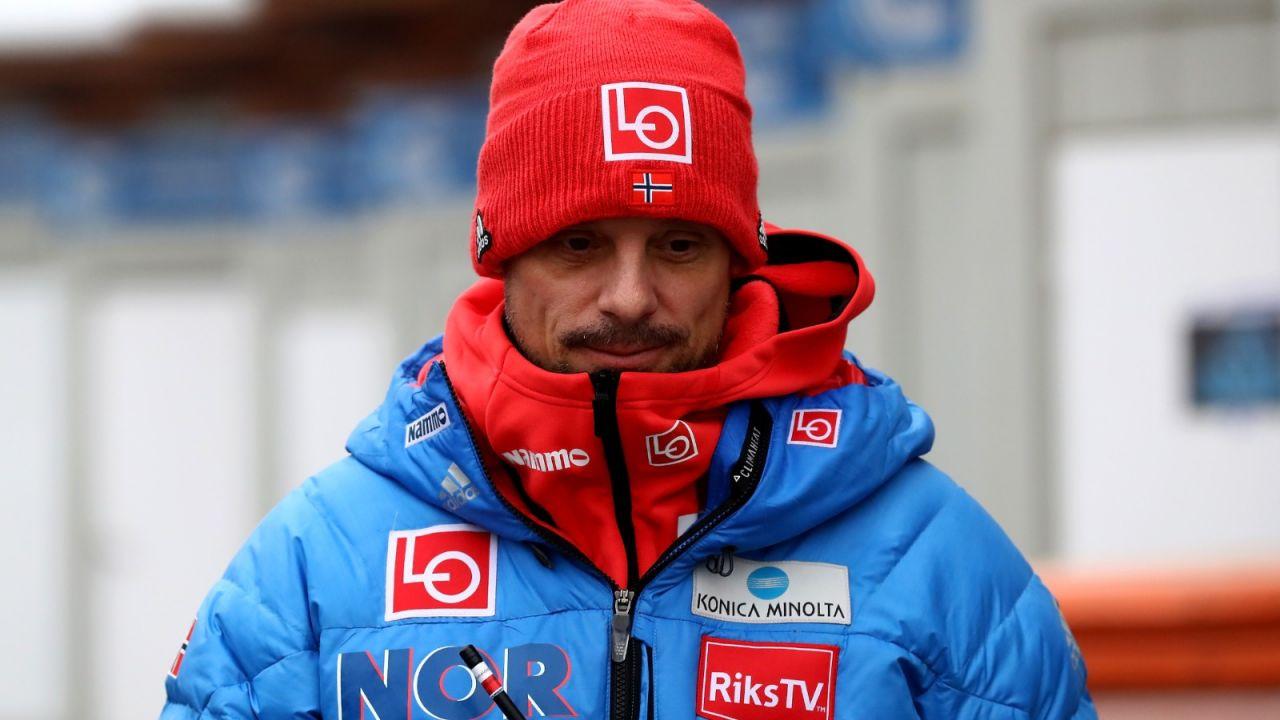 Skoki narciarskie. Reprezentacja Norwegii ma nowych sponsorów ze Szwecji (sport.tvp.pl)