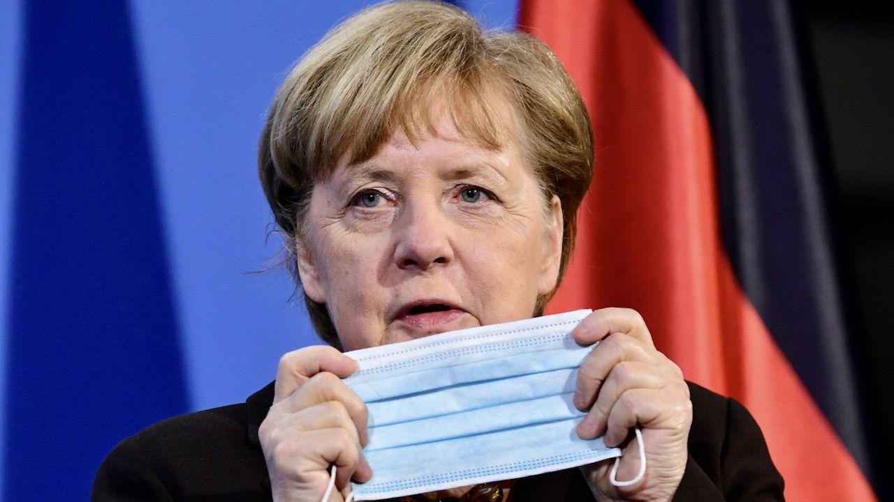 Angela Merkel i kryzys epidemiczny w Niemczech (fot. PAP/EPA/CLEMENS BILAN)