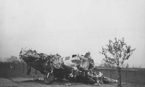 Komisja badająca wypadek ustaliła, że pilot zdążył zamknąć dopływ paliwa do silników, co zapobiegło wybuchowi. Fot. NAC/IKC