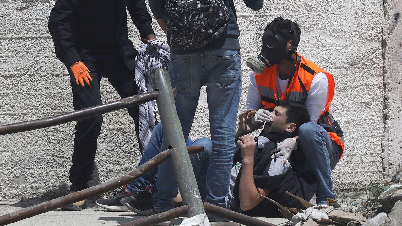 To najkrwawszy dzień w Strefie Gazy od czasu wojny w tej palestyńskiej enklawie między kontrolującym ją Hamasem a Izraelem w 2014 r. (fot. PAP/EPA/ALAA BADARNEH)