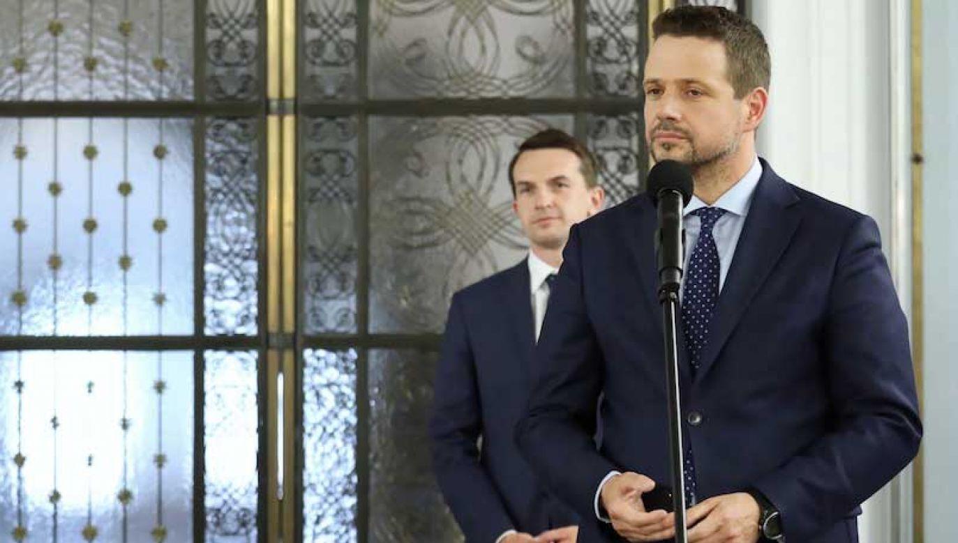 Adam Szłapka wcześniej był rzecznikiem sztabu Małgorzaty Kidawy-Błońskiej; teraz współpracuje z Rafałem Trzaskowskim (fot. arch.PAP/Tomasz Gzell)
