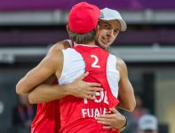 Grzegorz Fijałek i Mariusz Prudel odnieśli pierwsze zwycięstwo w Londynie (fot. PAP/Adam Ciereszko)