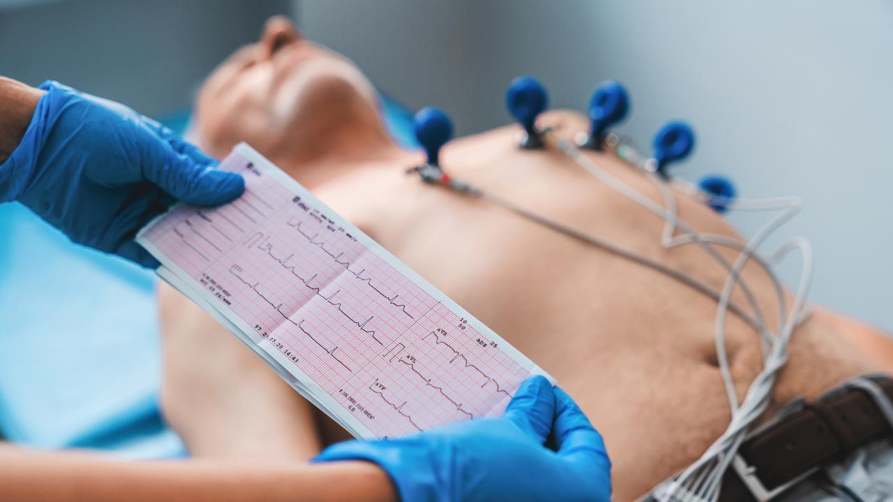 Dorośli z wadami serca potrzebują rehabilitacji kardiologicznej (fot. Shutterstock/ Inside Creative House)