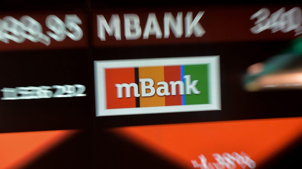 Jak informuje mBank, awaria została już usunięta (fot. PAP/Marcin Obara)