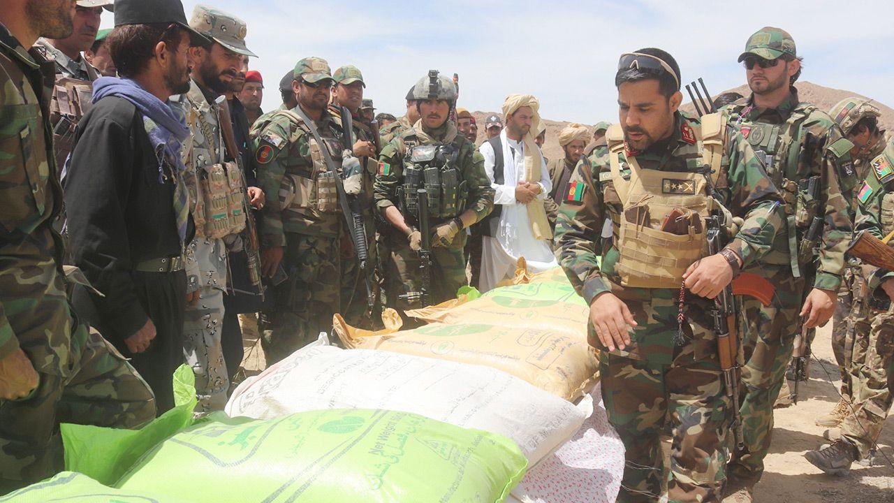Rząd Afganistanu może nie poradzić sobie z talibami (fot.PAP/EPA/AHMADULLAH AHMADI)