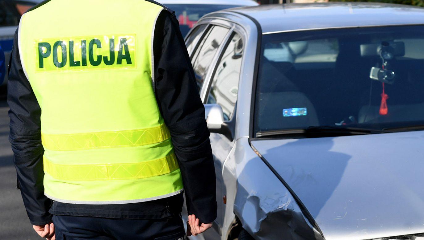 Policja wyjaśnia okoliczności zdarzenia (fot. PAP/Darek Delmanowicz)