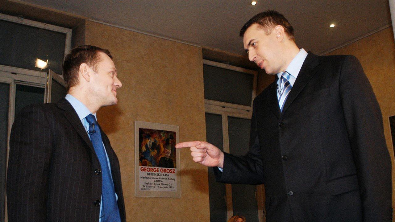 Donald Tusk (L) i Roman Giertych (fot. PAP/Jacek Bednarczyk)