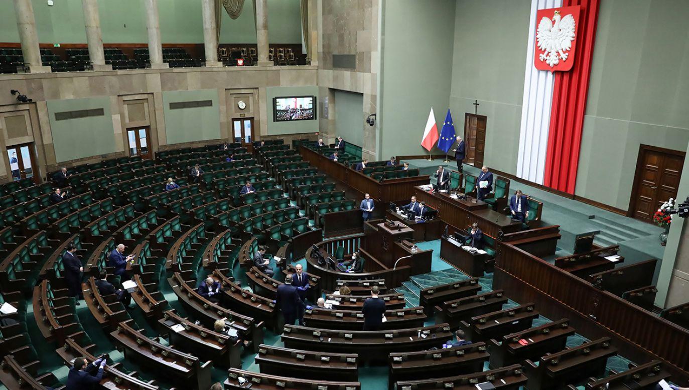 Prezydium Sejmu omówi w czwartek porządek obrad (fot. PAP/Leszek Szymański)