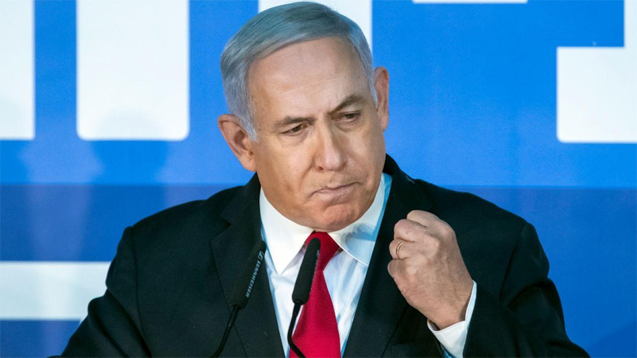 Benjamin Netanjahu twierdzi, że zarzuty to element kampanii wyborczej (fot. PAP/EPA/JIM HOLLANDER)
