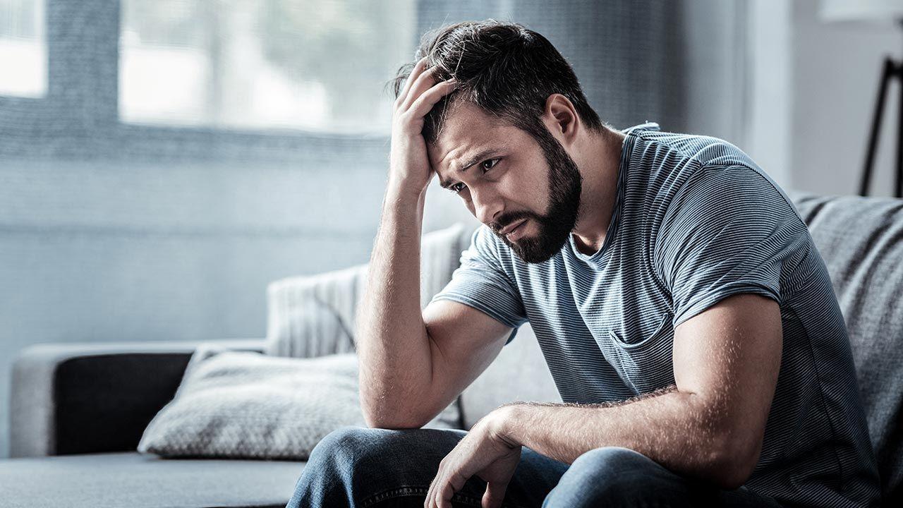 Depresja wymaga spersonalizowanego leczenia (fot. Shutterstock/YAKOBCHUK VIACHESLAV)