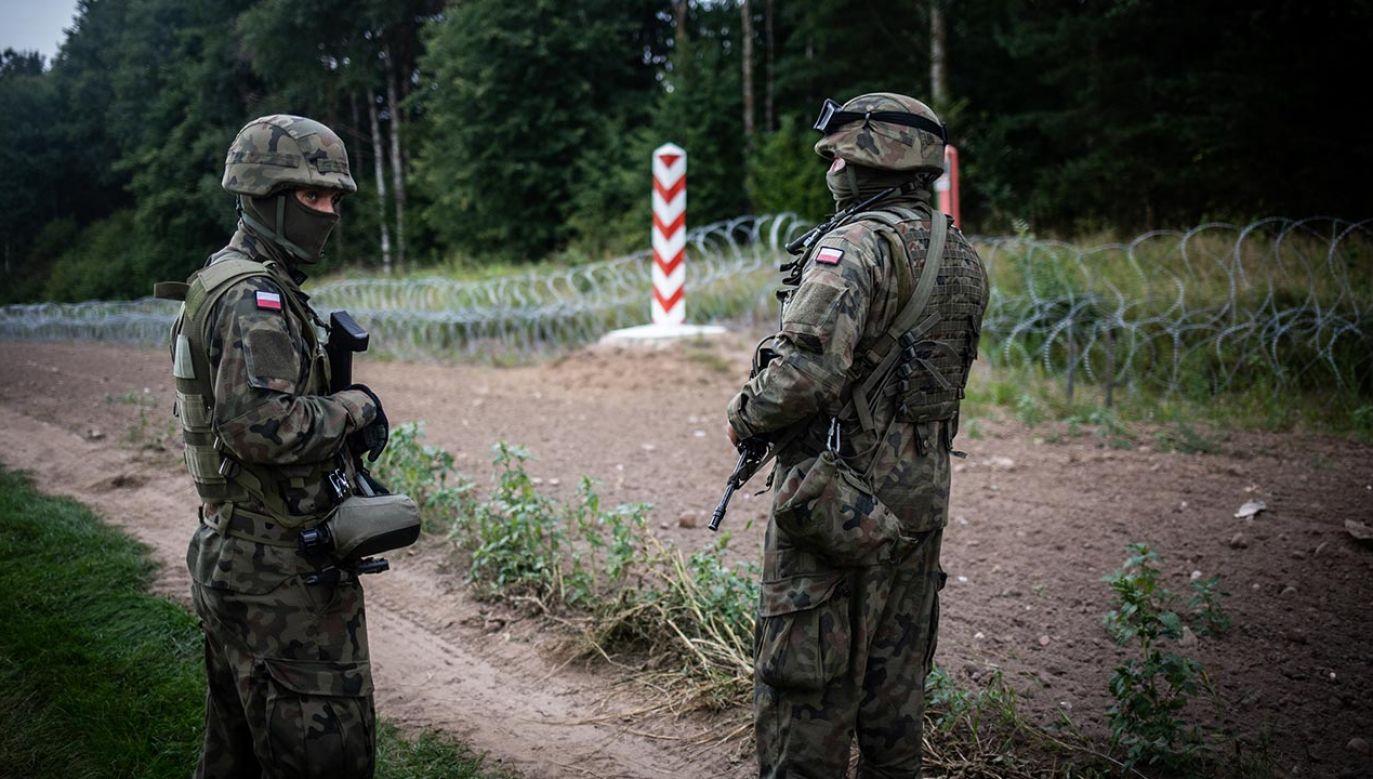 Zabezpieczenie granicy polsko-białoruskiej (fot.  Maciej Moskwa/NurPhoto via Getty Images)