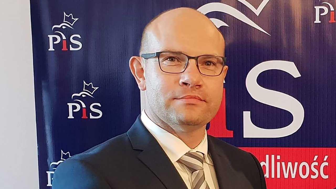 Nowy marszałek Podlasia zaprosił wszystkich radnych do współpracy nad rozwojem województwa (fot. FB/Artur Kosicki)