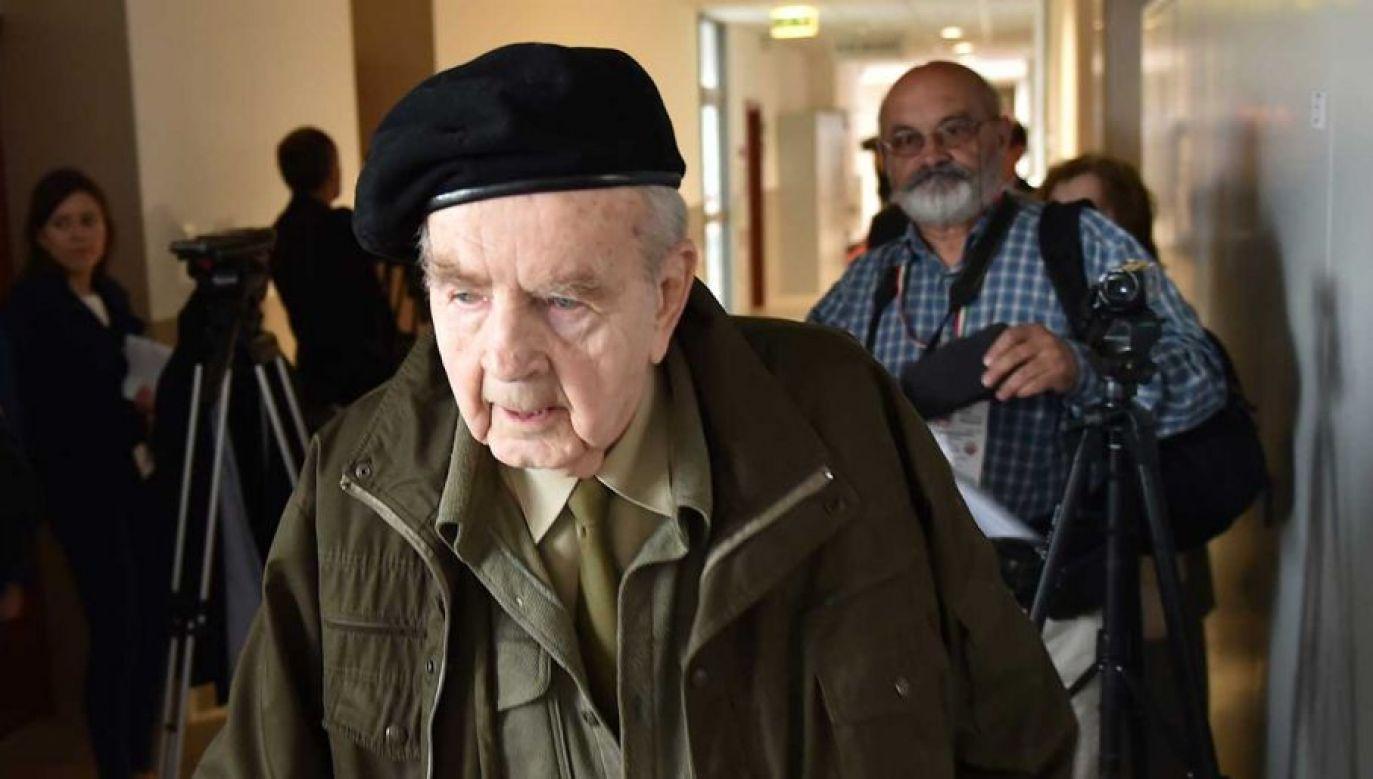 Kombatant, żołnierz AK Zbigniew Radłowski ma 95 lat i czeka na wyrok sądu w sprawie niemieckiej telewizji (fot. arch. PAP/Jacek Bednarczyk)