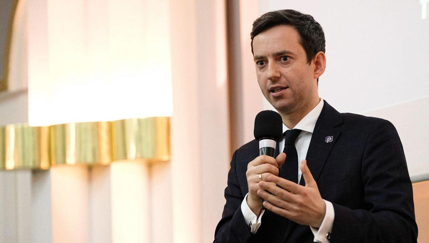 Marcin Ociepa zapewnił, że jego ugrupowanie gotowe jest podpisać umowę koalicyjną nawet do końca tygodnia (fot. PAP/Mateusz Marek)