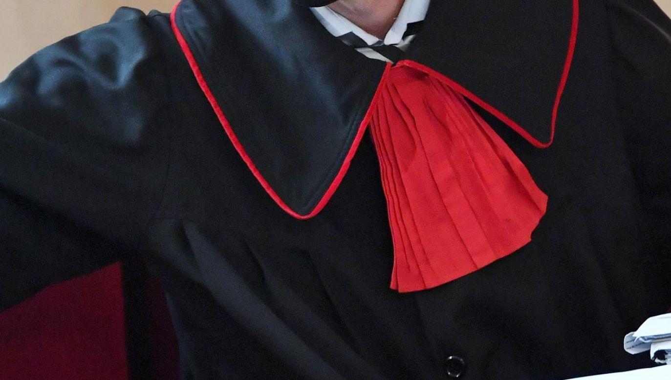 Prokurator przegrał proces ws. odszkodowania (fot. PAP/Adam Warżawa)