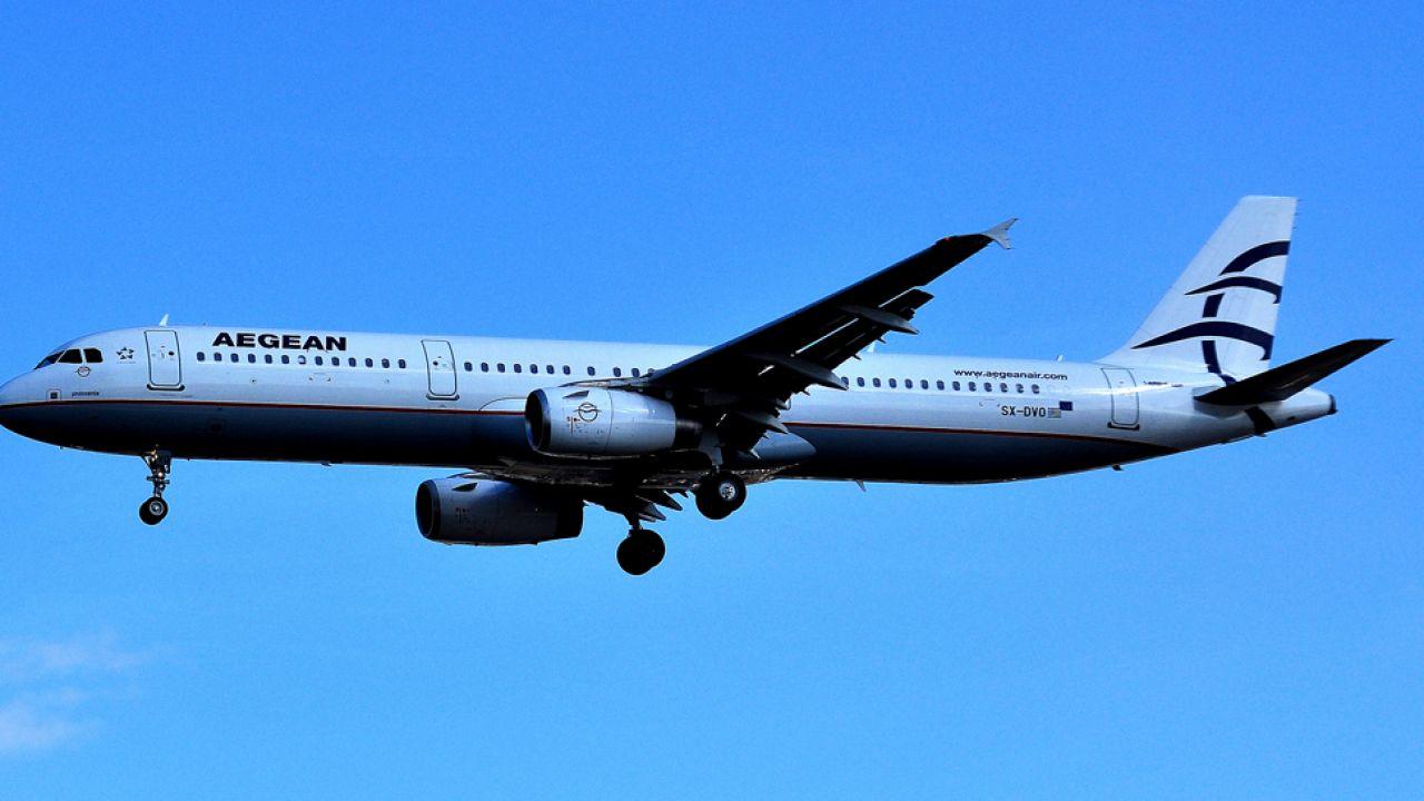 Samolot greckich linii lotniczych awaryjnie lądował na warszawskim lotnisku