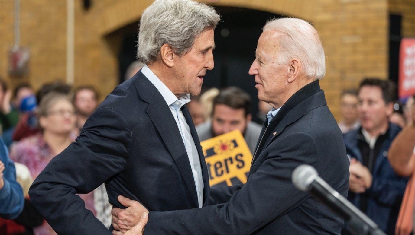 Były kandydat na prezydenta John Kerry będzie odpowiadał za działanie w dziedzinie klimatu (fot. PAP/EPA/JIM LO SCALZO)