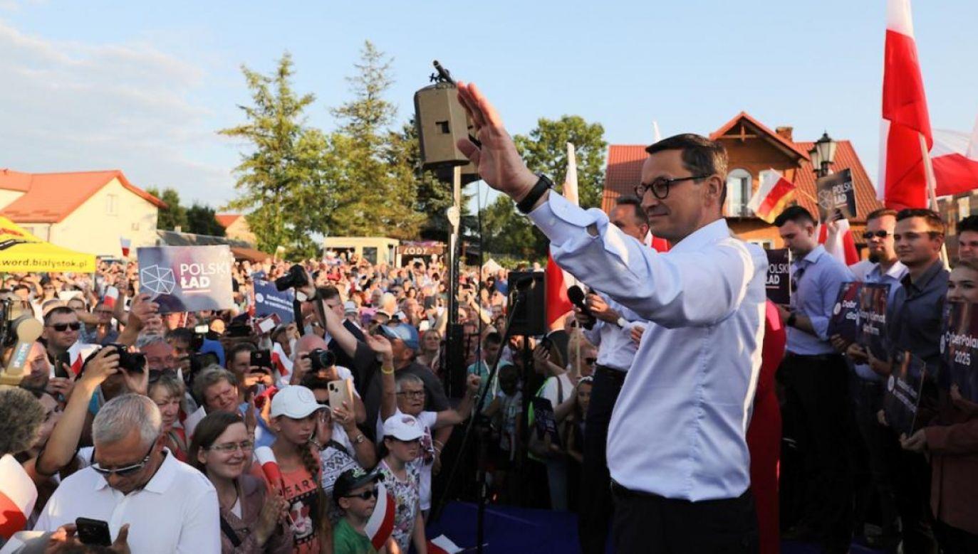 Premier Mateusz Morawiecki w Tykocinie (fot. TVP Info)