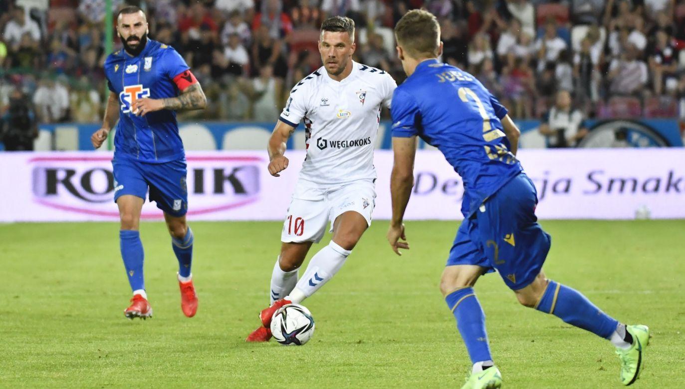 Lukas Podolski w meczu z Lechem Poznań (fot. 400mm.pl)