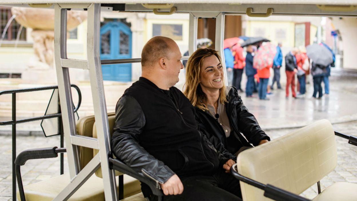 Jakub patrzy na Anię w niesamowity sposób (fot. TVP)