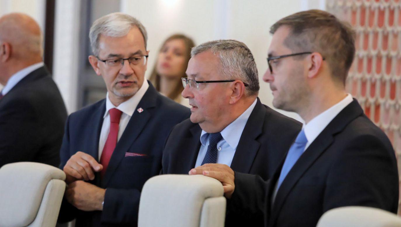 Jerzy Kwieciński pozostanie jednocześnie ministrem inwestycji i rozwoju (fot. PAP/Tomasz Gzell)