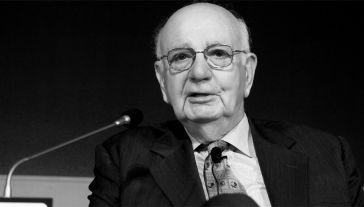 Paul Volcker służył w administracji zarówno demokratycznych, jak i republikańskich prezydentów (fot. PAP/EPA/JEON HEON-KYUN)