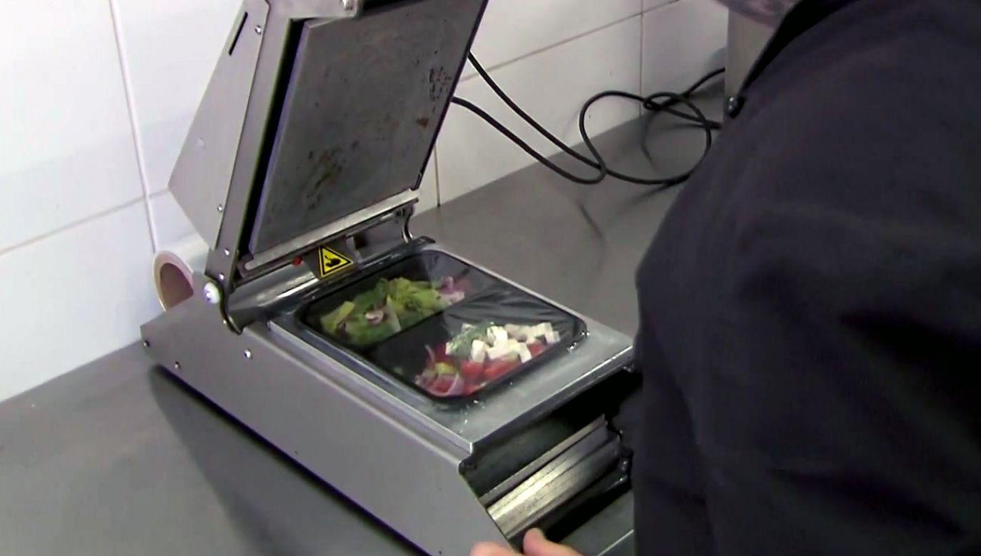Catering dietetyczny jest bardzo popularny (fot. TVP)
