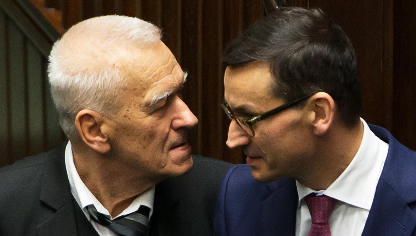 Premier Mateusz Morawiecki ze swoim ojcem, śp. Kornelem Morawieckim (fot. Forum/Krystian Maj)