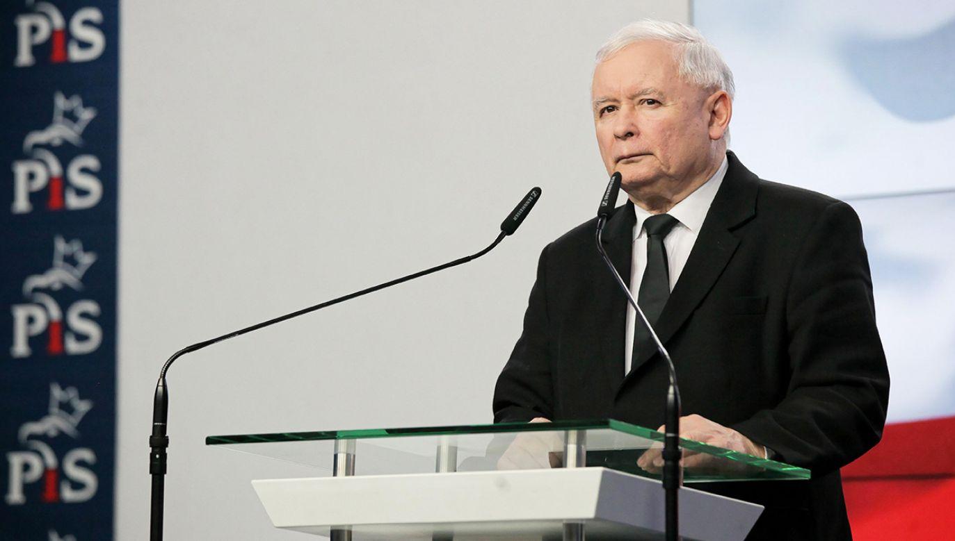 Prezes PiS stwierdził, że Polska uniknęła ogromnego niebezpieczeństwa (fot. arch. PAP/Mateusz Marek)