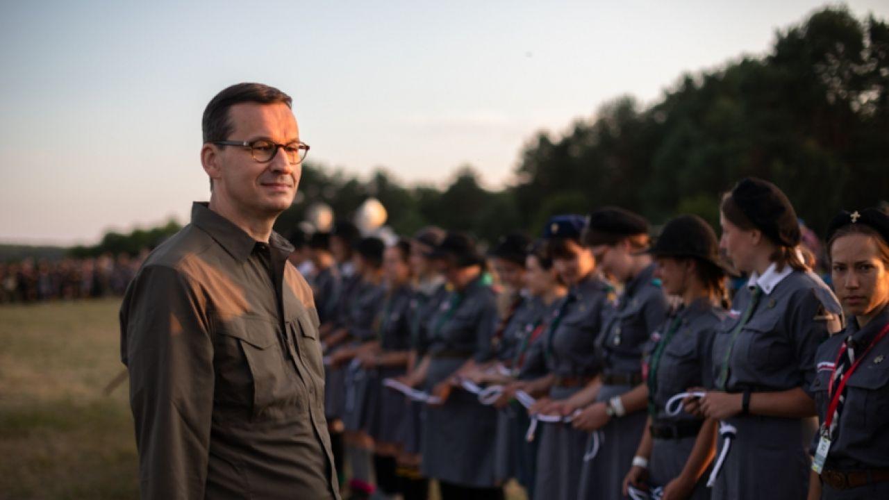– Po to zmieniliśmy naszą ustawę rok temu, żeby dochodziło do jak najmniejszej liczby tragedii – podkreślił Morawiecki (fot. KPRM/Adam Guz)