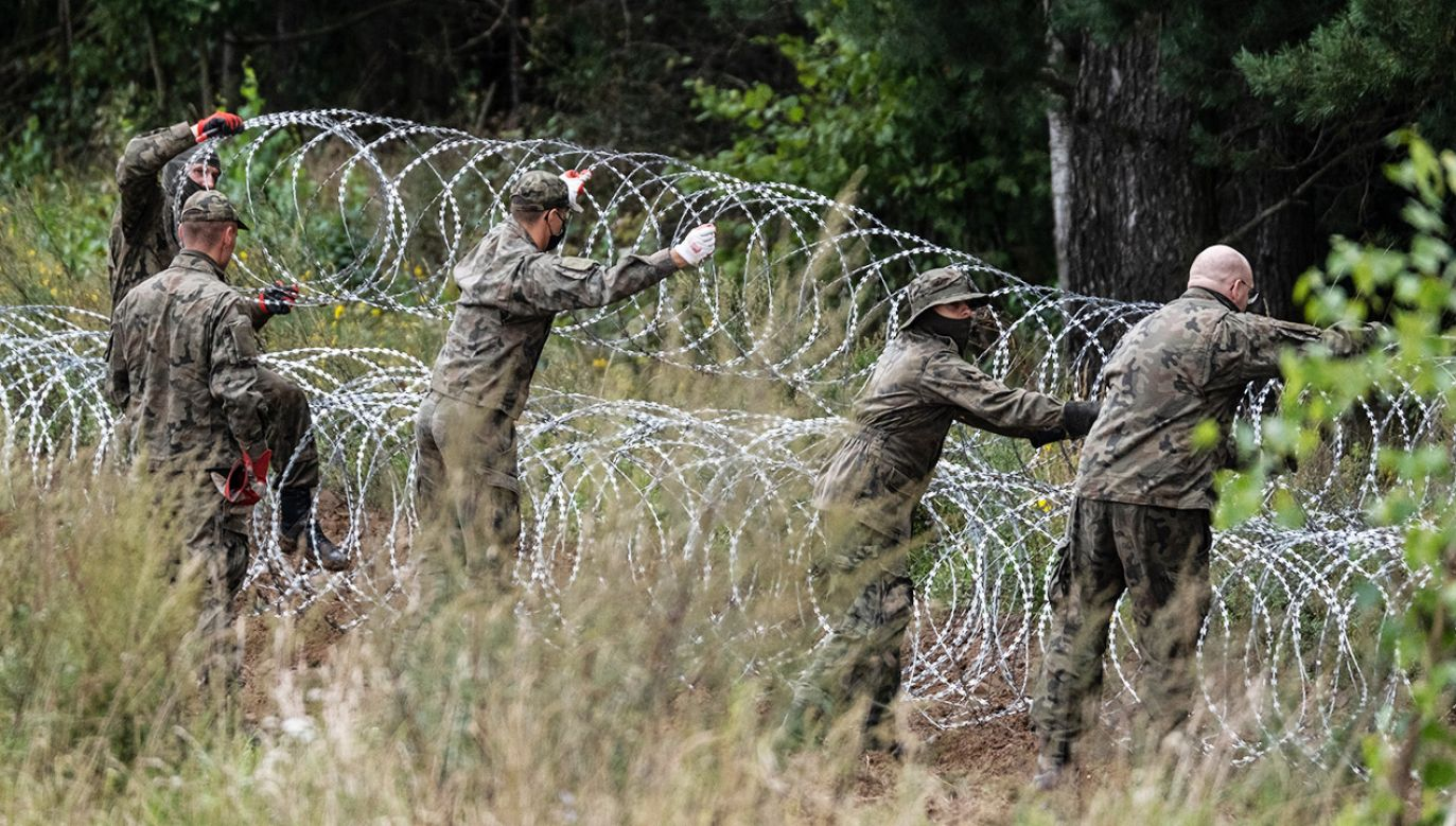 Od 2 września w przygranicznym pasie z Białorusią obowiązuje stan wyjątkowy (fot. M.Moskwa/Nur/Getty Images)