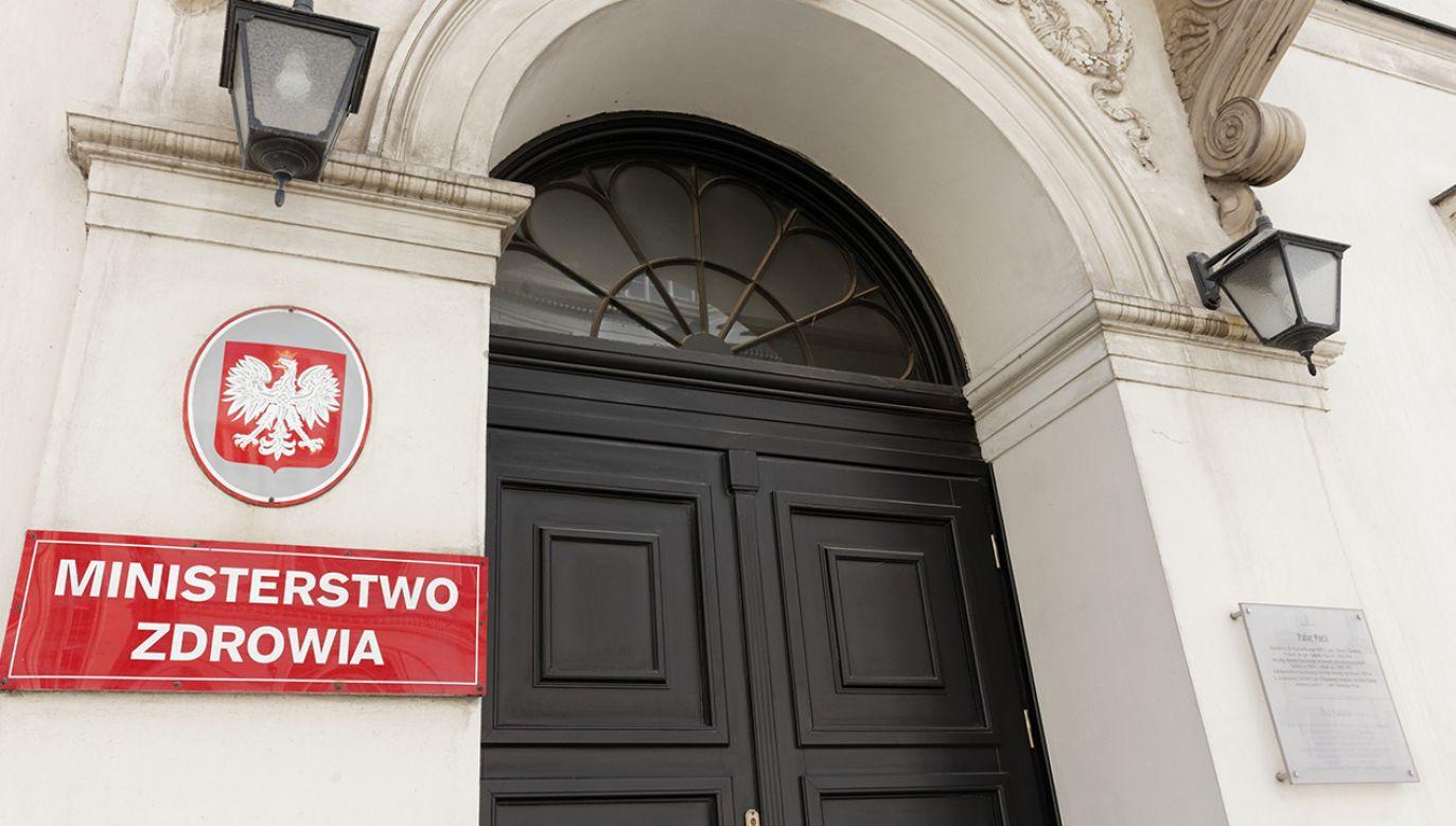 Do Polski koronawirus nie dotarł, lecz władze informują, że nastąpi to prędzej lub później (fot. Shutterstock/MOZCO Mateusz Szymanski)