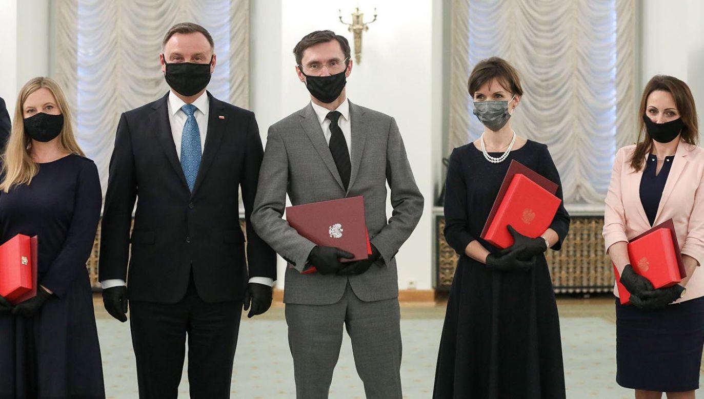 Nowo powołani sędziowie sądów różnych instancji na terenie całego kraju złożyli ślubowanie w pałacu prezydenckim (fot. Eliza Radzikowska-Białobrzewska/KPRP)