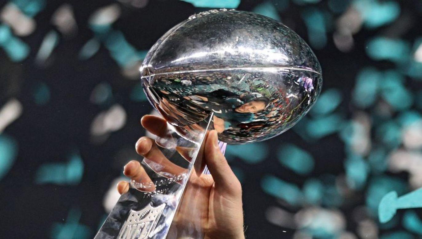 Trofeum Vince'a Lombardiego to obiekt pożądania każdego futbolisty (fot. Getty)