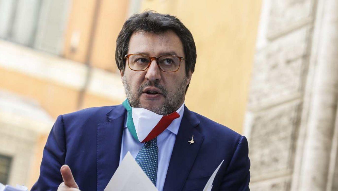 Z nagranych rozmów wynika, że polecono napisać notę przeciwko b. szefowi MSZ Matteo Salviniemu (fot. PAP/EPA/FABIO FRUSTACI)