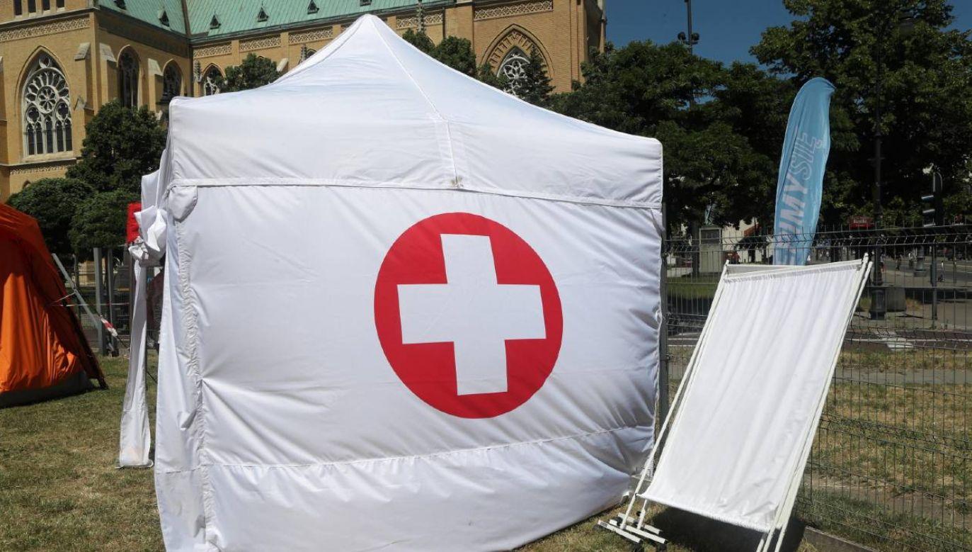 Na szczepienie mogą zgłaszać się wszystkie osoby powyżej 18. roku życia (fot. PAP/Roman Zawistowski)