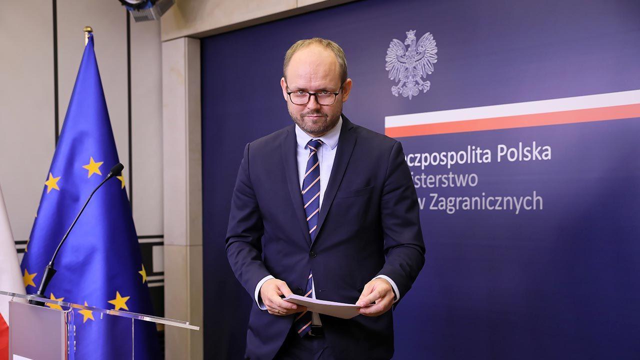 W ostatnim czasie na prośbę strony słowackiej zostało wysłanych 200 lekarzy (fot. PAP/Leszek Szymański)