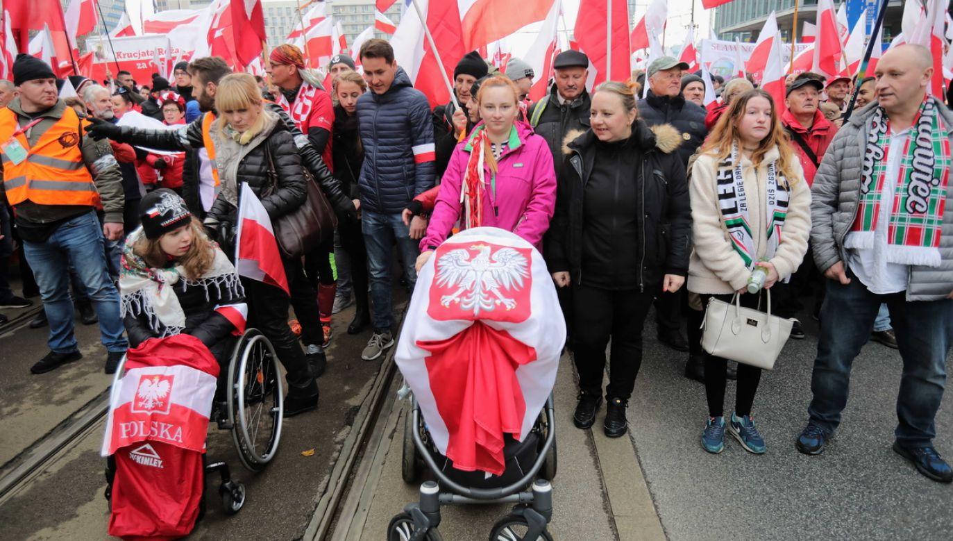 Uczestnicy Marszu Niepodległości (fot. PAP/Wojciech Olkuśnik)