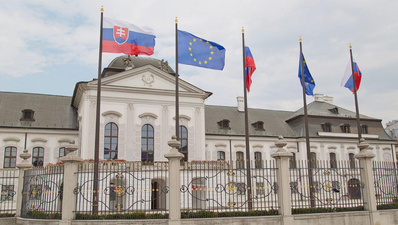 Słowacja postanowiła wydalić trzech rosyjskich dyplomatów (fot. Shutterstock)