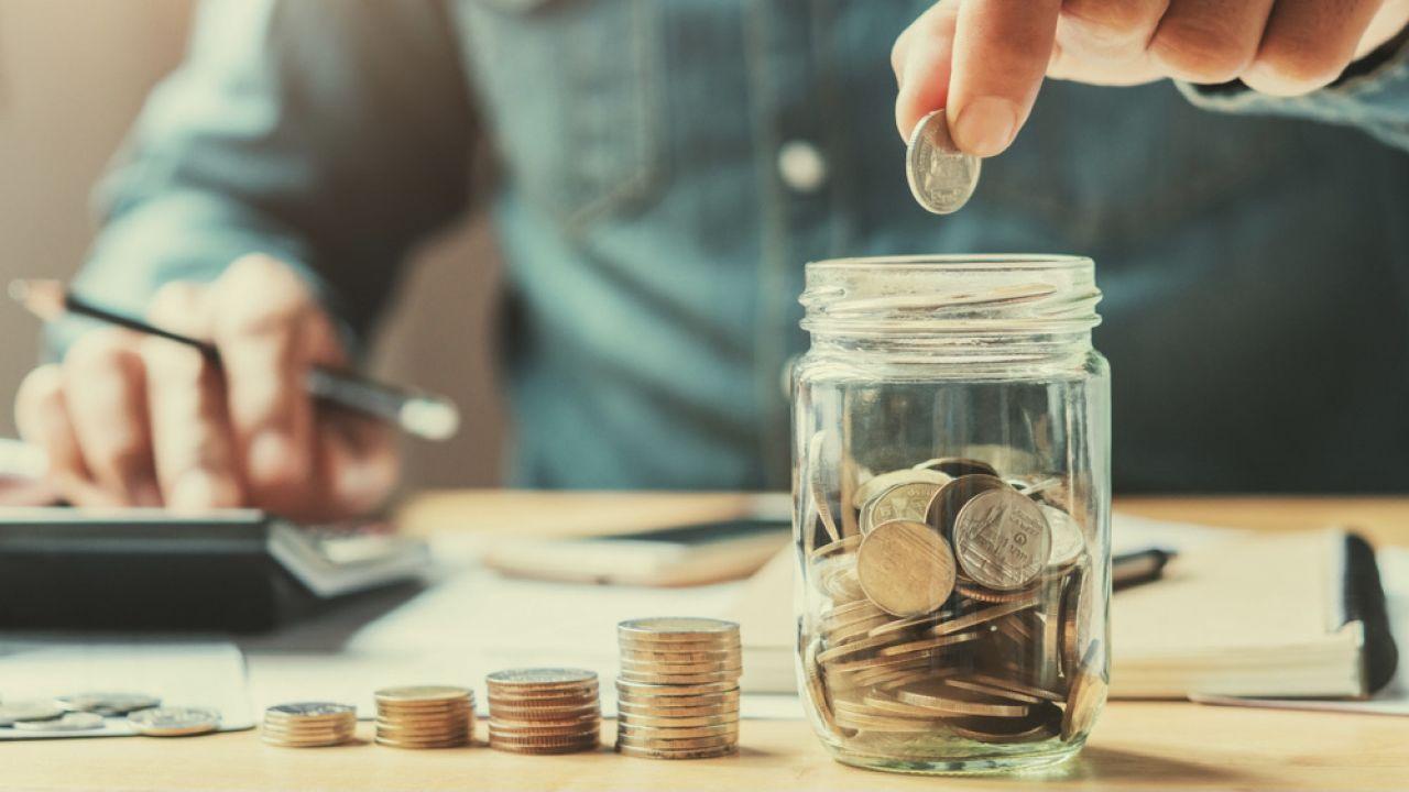 Klienci jednego z banków mogą odzyskać pieniądze za spłacony kredyt (fot. Shutterstock/lovelyday12)