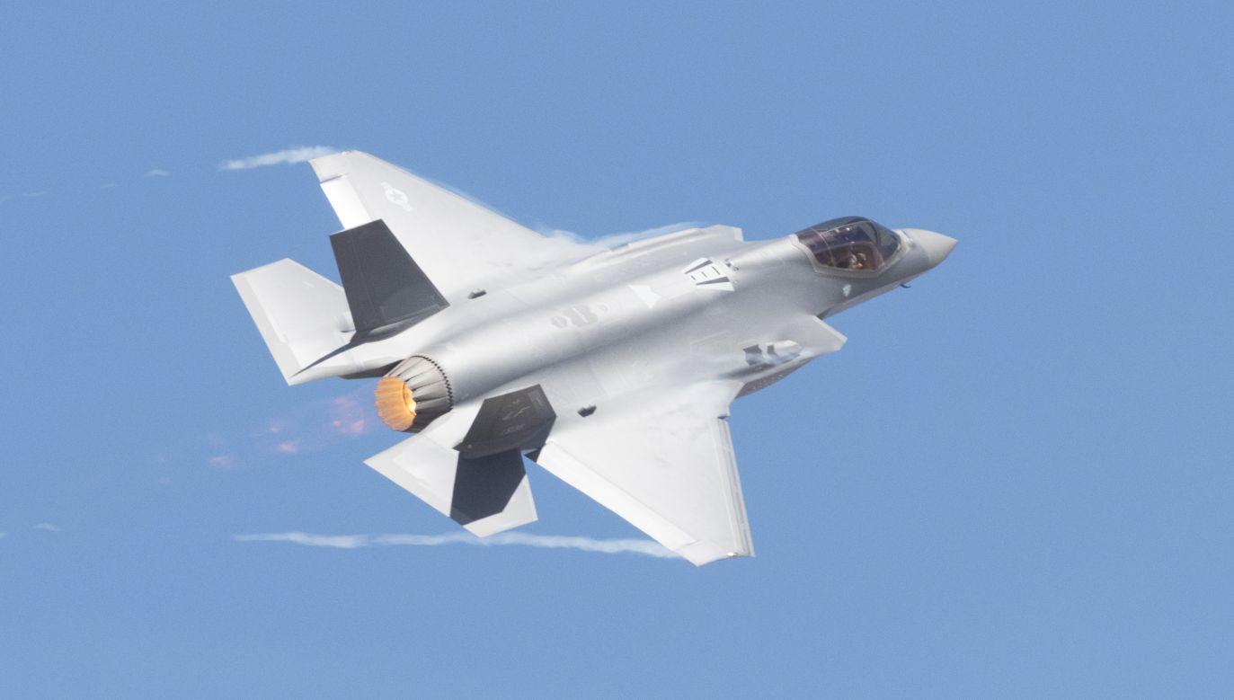 """""""Samoloty F-35 są niezbędne, żeby polskie Siły Powietrzne zyskały takie zdolności, które będą odstraszać ewentualnego agresora"""" (fot. Yichuan Cao/NurPhoto via Getty Images)"""