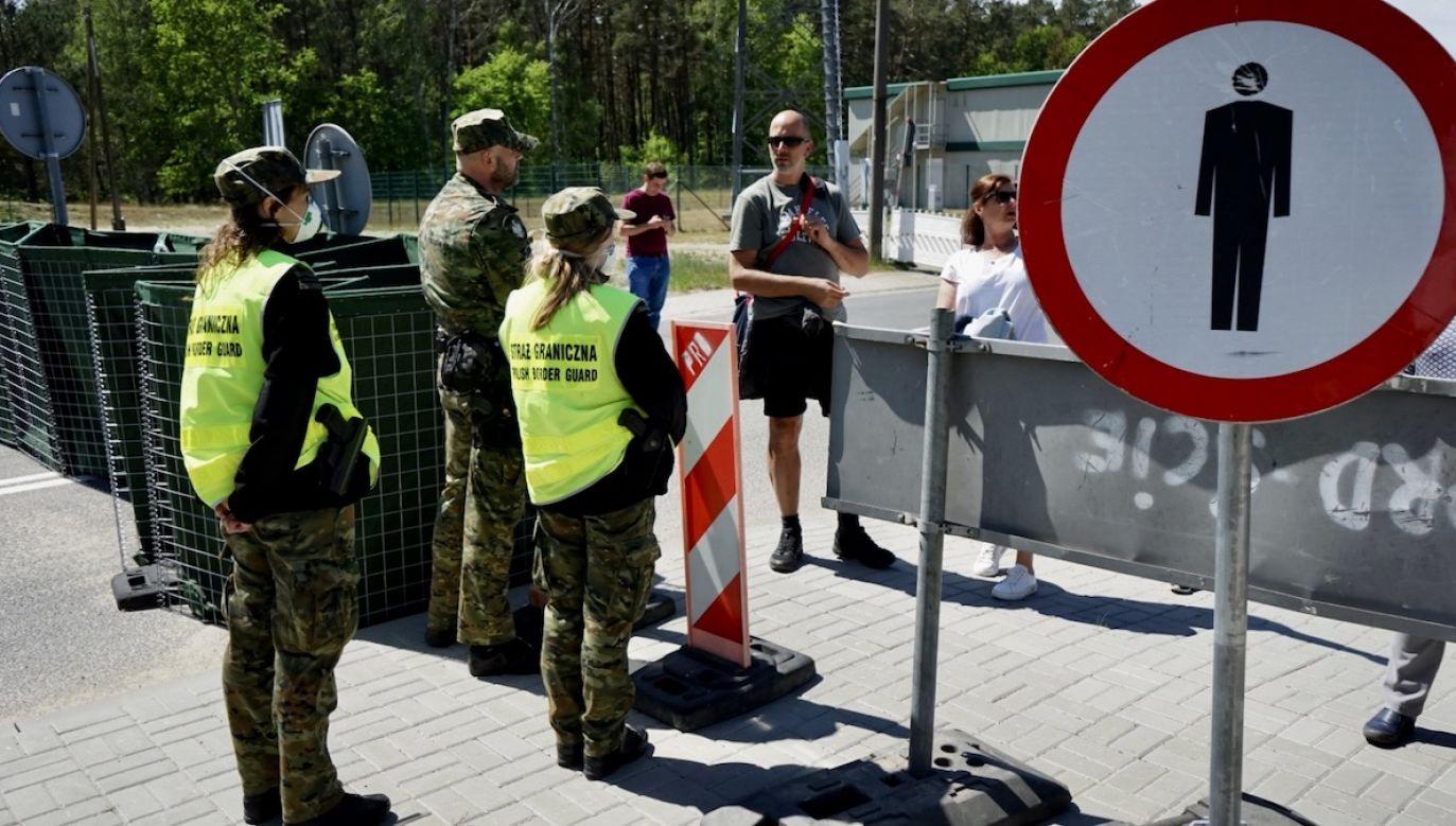Czaputowicz zaznaczył, że polski rząd chce przeanalizować całą sytuację (fot. PAP/Marcin Bielecki)