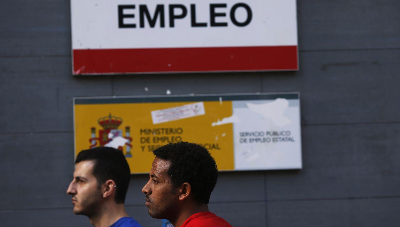 W Hiszpanii powszechnie występuje także zjawisko tymczasowości zatrudnienia (fot. REUTERS/Susana Vera)