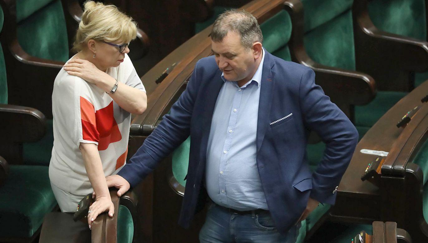 """""""Pan Gawłowski siedzi już na ławie oskarżonych"""" (fot. arch.PAP/Tomasz Gzell)"""