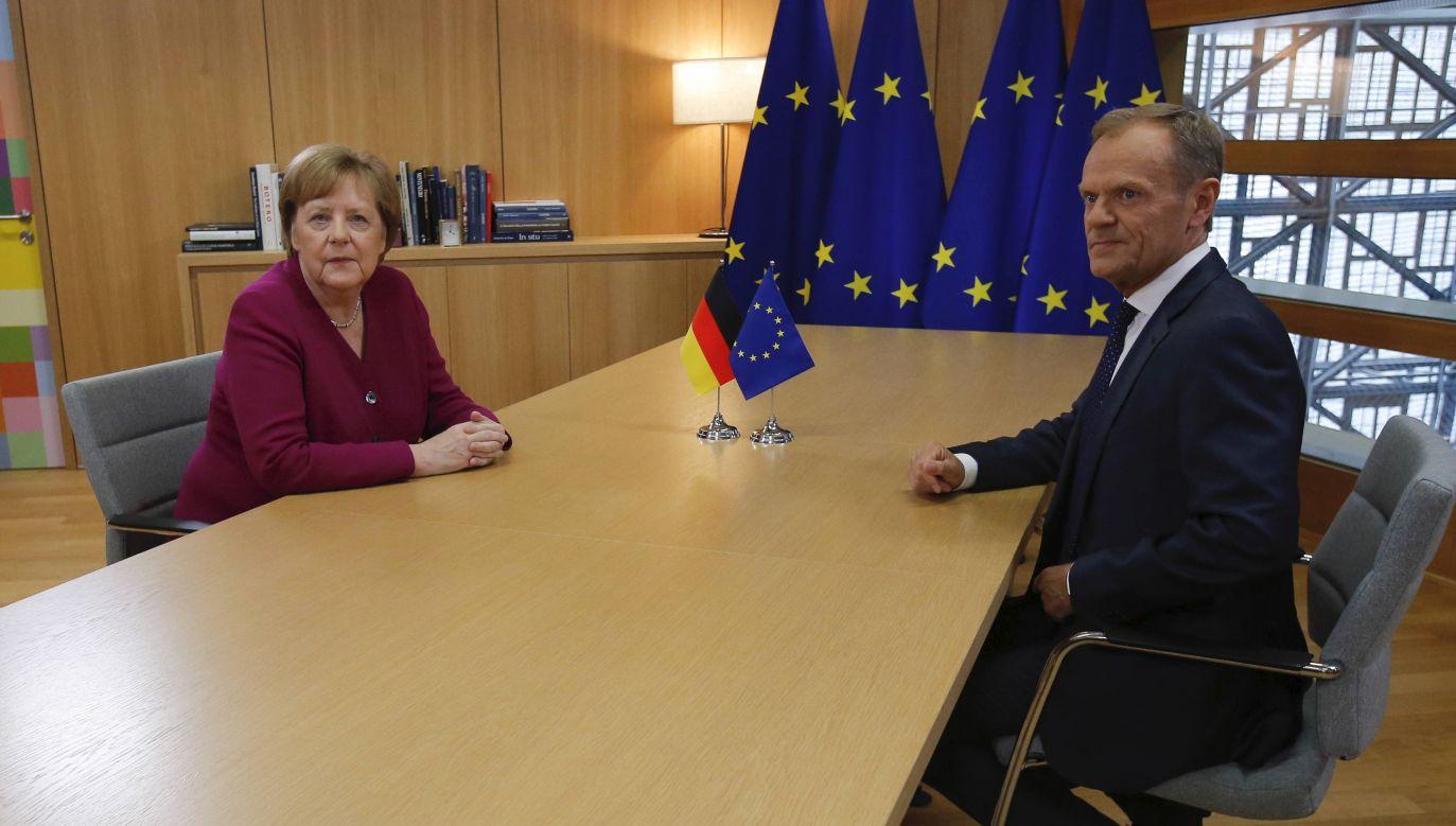 Angela Merkel i Donald Tusk (fot. EPA/OLIVIER HOSLET / EPA/PAP)