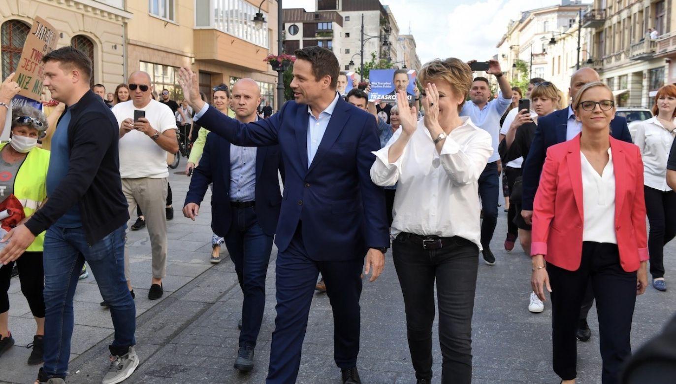 Tematem rozmowy były ostatnie wydarzenia polityczne (fot. PAP/Grzegorz Michałowski)